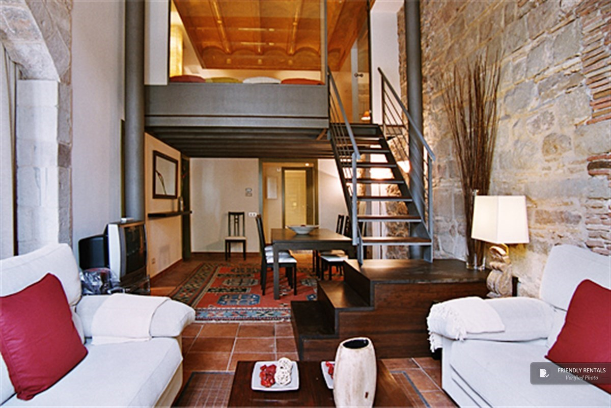 apartments to rent in barcelona city centre.