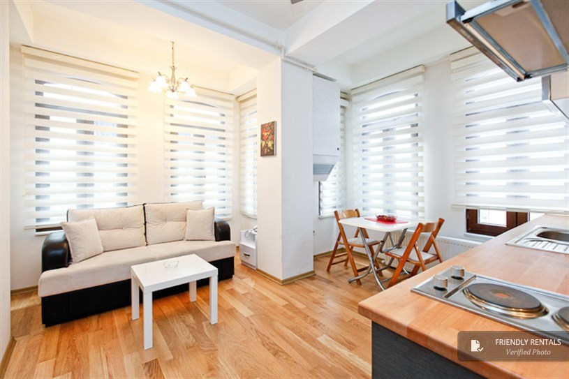 The Bianco 7 Apartment in Istanbul