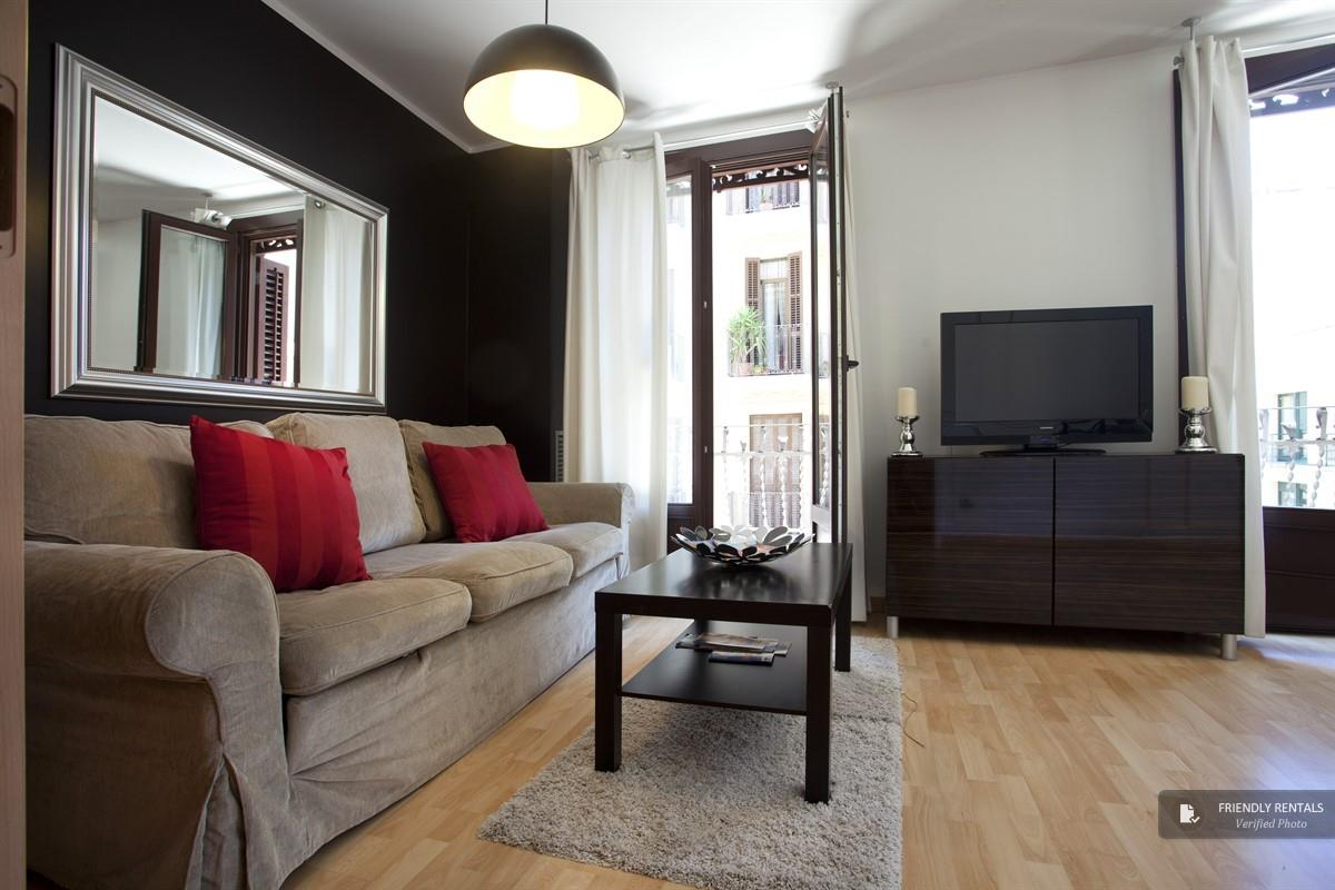 The Paralel I apartment in Barcelona