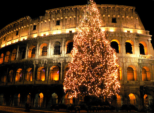 Celebrate a traditional Christmas in Rome