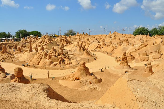 FIESA 2016: Sand Sculpture Festival in the Algarve