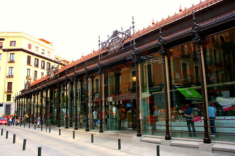 San Miguel Market in Madrid: a pleasure for the senses