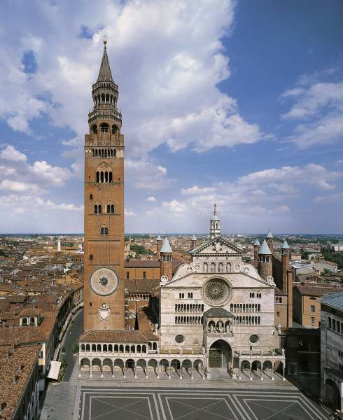 Cremona Day Trip from Milan