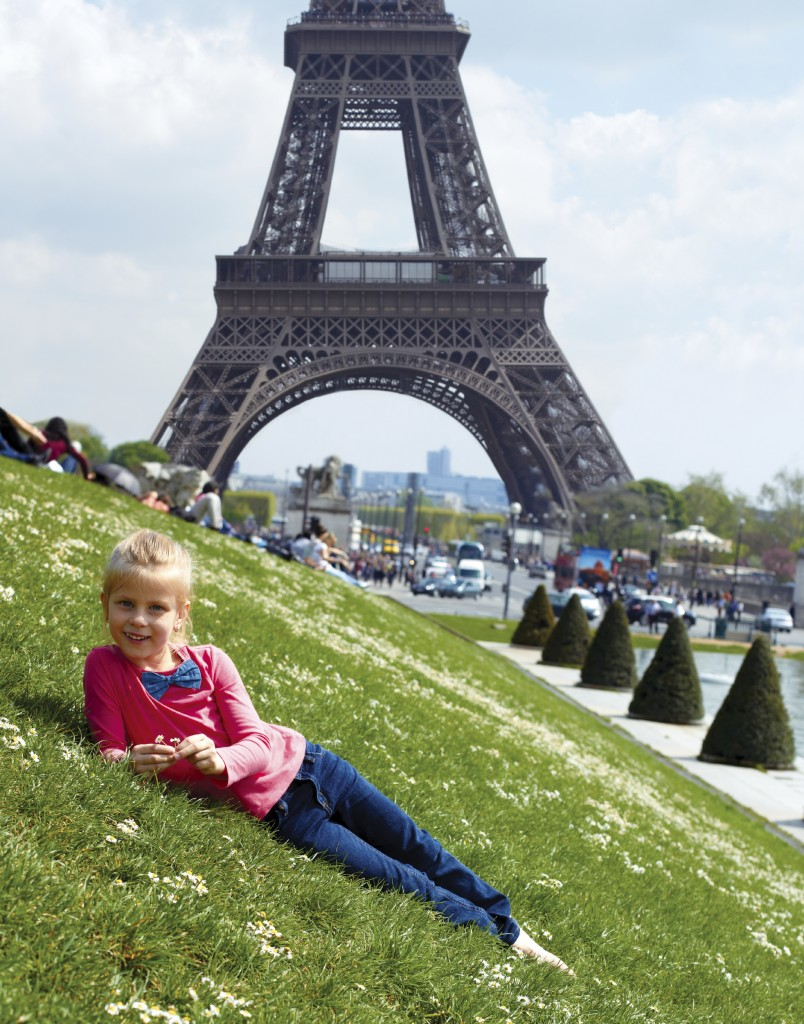 You must see the Eiffel tower during your 3 days in Paris