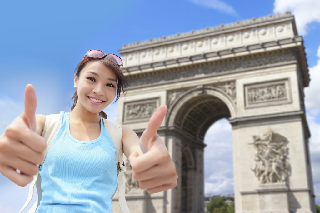 The Arc de Triomphe is one of the 'must-see' monuments during 3 days in Paris