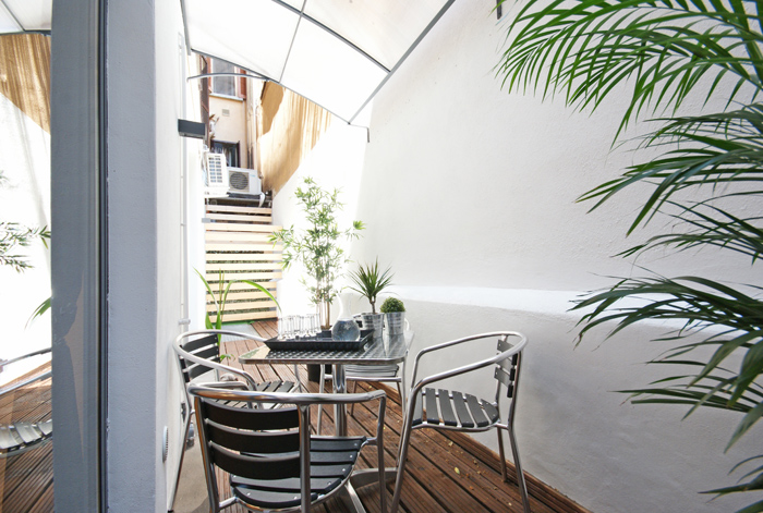 Apartment with terrace/balcony