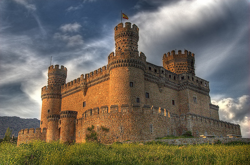 Themed guided tours in the Castle of Manzanares el Real, Madrid