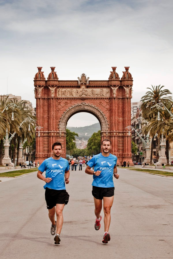 Long-term bike rental and organised running in Barcelona