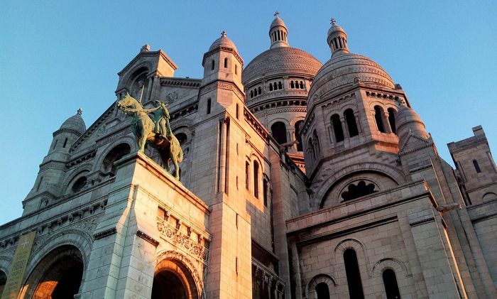 The Definitive Guide to Montmartre