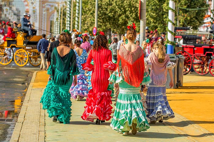 Live the 2018 Seville April Fair to the Full